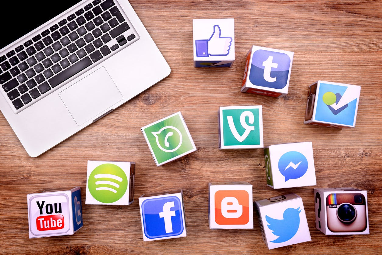 TOP 9 SOCIAL MEDIA TRENDS TO WATCH IN 2020